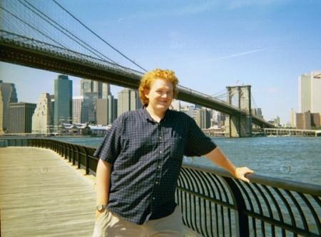 Eli Heiss at the Brooklyn Bridge, New York